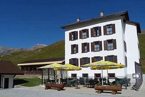 Hotel-Restaurant du SANETSCH, Sion