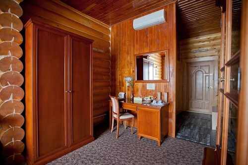 Belka Hotel, Anivskiy rayon