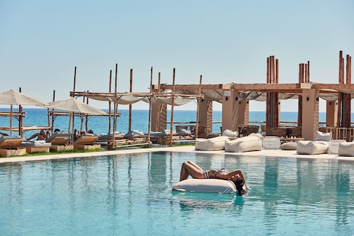 . La Mer Resort & Spa - Adults Only