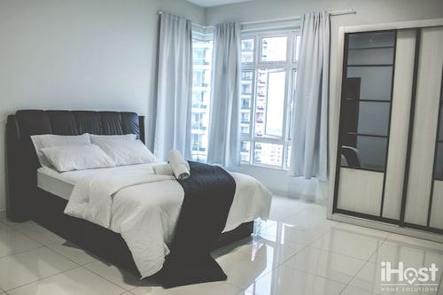 Royal Regent Condominium by iHost, Kuala Lumpur