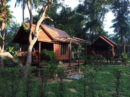 Coffee and Resort, Muang Ranong