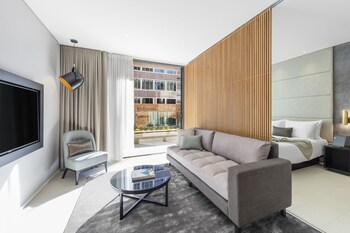 Premier 1 Bedroom Suite