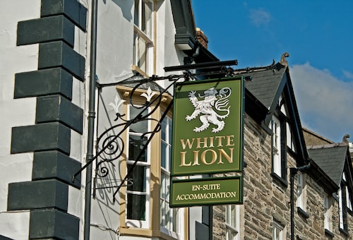 . The White Lion Hotel