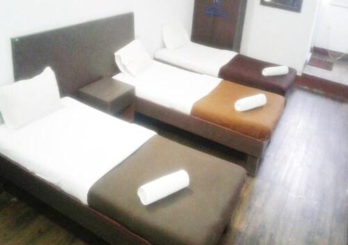 . Hotel Ashapura International By Zingo