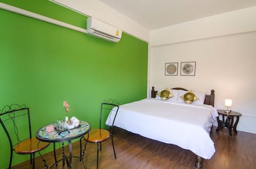 Sleeper  House, Muang Trang