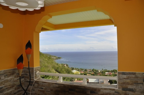Apartment With 2 Bedrooms in Les Anses-d'arlet, With Wonderful sea Vie, Les Anses-d'Arlets