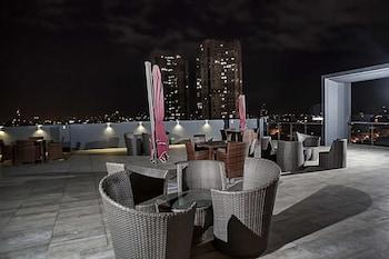 RAMADA ENCORE MAKATI Restaurant