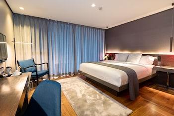 RAMADA ENCORE MAKATI Room