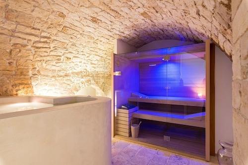 Iulius Suite & spa, Bari
