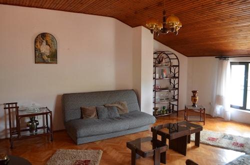 Apartments Peranovic,