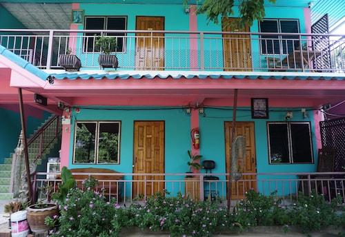 Baan Mae - Mommy's House, Mueang Kamphaeng Phet