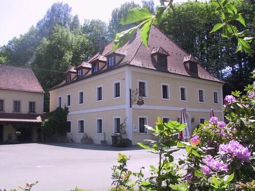 . Landgasthof Kahrmühle