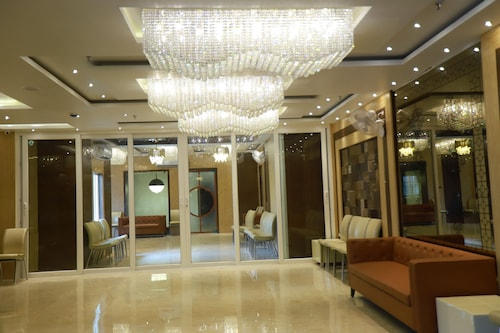 Hotel Acme, Kolkata