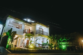 TALISAY BOUTIQUE HOTEL Front of Property - Evening/Night