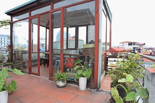 Hanoi Luxury Antique, Đống Đa