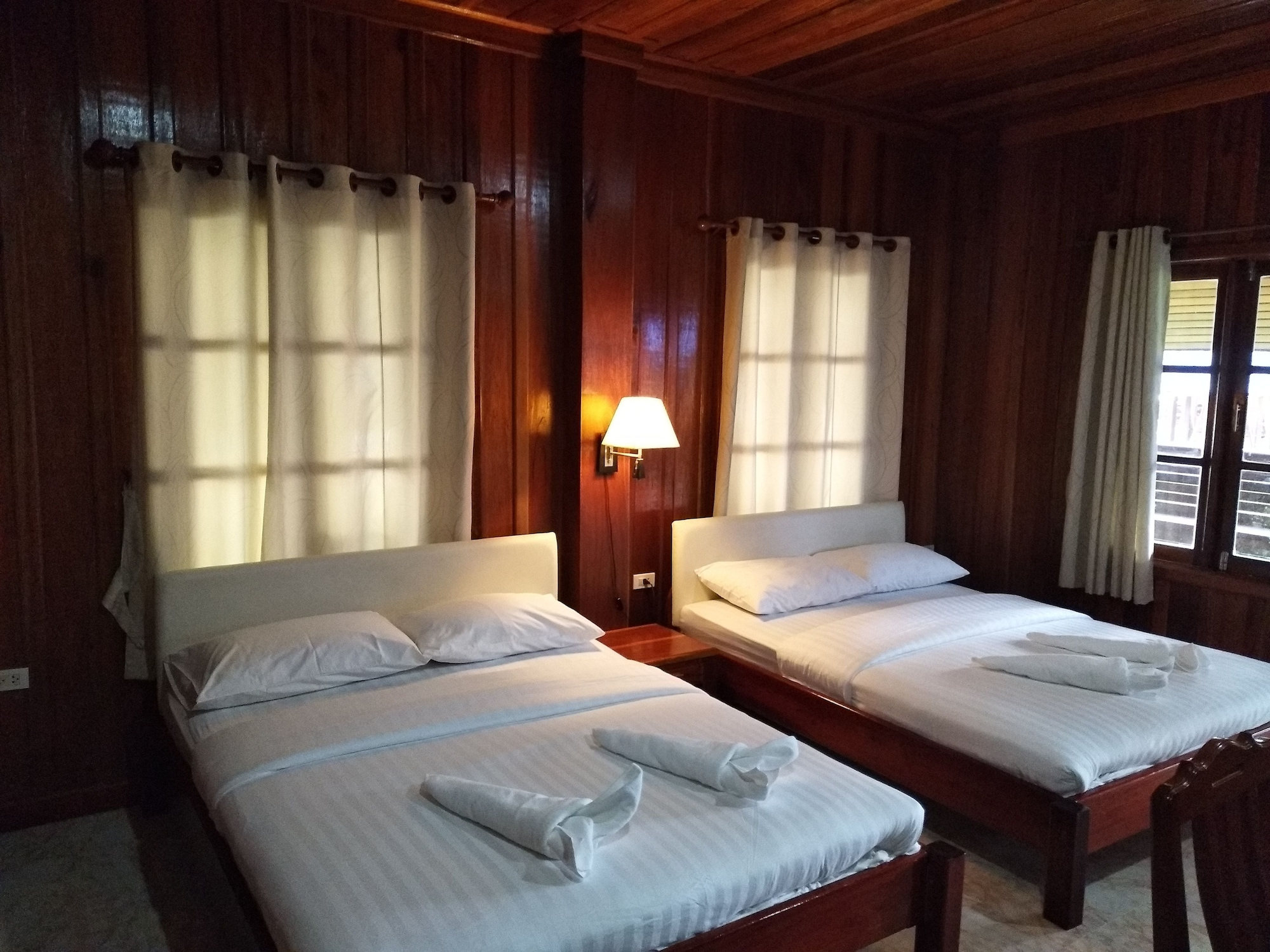 Hadson Resort, Khlong Yai