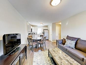 Weho Getaway Apartment 1 Bedroom 1 Bathroom Apts