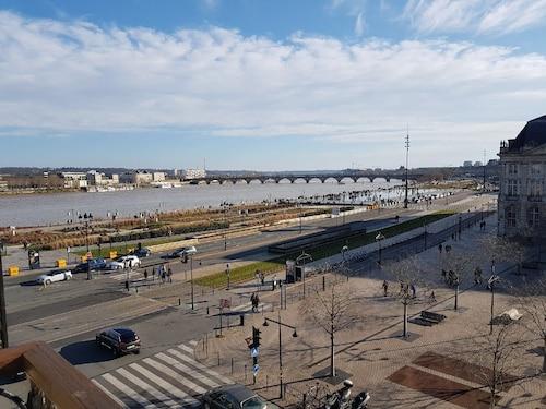 BDW Appartement Exceptionnel Triangle dOr - Quartier Quinconces, Gironde