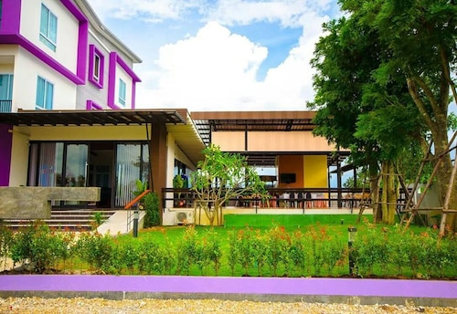 FIG Boutique Hotel, Mueang Kamphaeng Phet