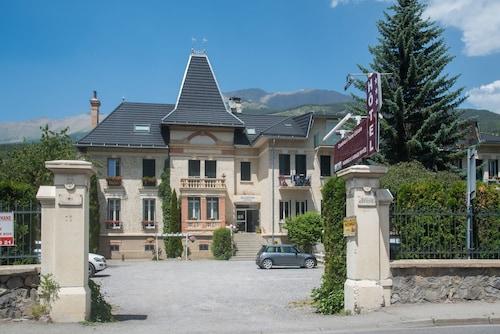 . Hôtel La Grande Epervière