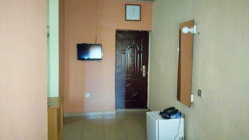 Ibis Diamond Hotel, Ilesha West