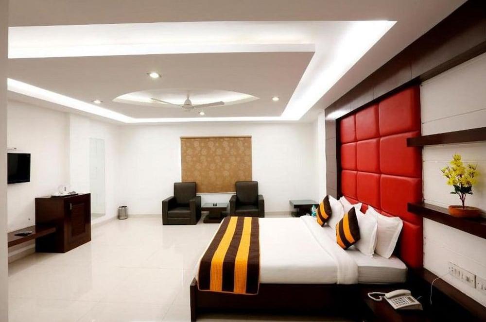 Hotel Hotel Anand Lok Inn