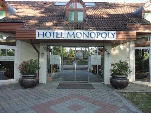 Hotel Monopoly, Balatonalmádi