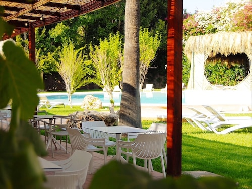 TU&ME Resort-Adults Only, Valencia
