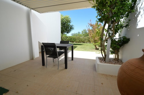 House With one Bedroom in Porches, With Wonderful sea View, Pool Acces, Lagoa