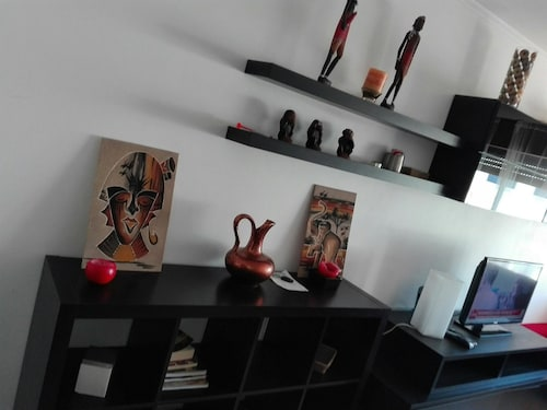 Apartment With 3 Bedrooms in Charneca de Caparica, With Wonderful City, Almada