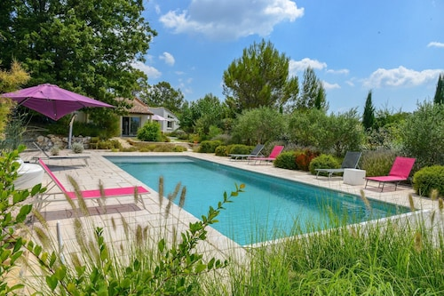 Villa With 5 Bedrooms in Garéoult, With Private Pool, Furnished Garden, Var