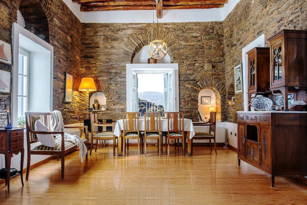 """""""Memory"""" Apt in Stone Tower 1690 • Andros Island"""