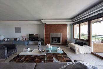 Cosmopolitan Maison