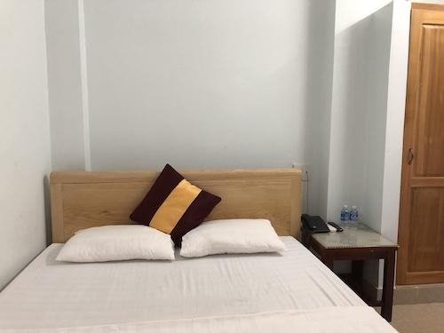 X.O Hotel Quang Binh, Đồng Hới