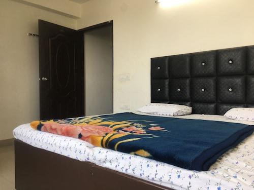Hotel Sunny International, Jammu