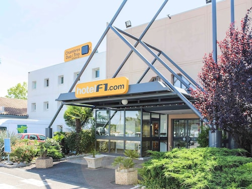 . hotelF1 Fréjus Roquebrune-sur-Argens