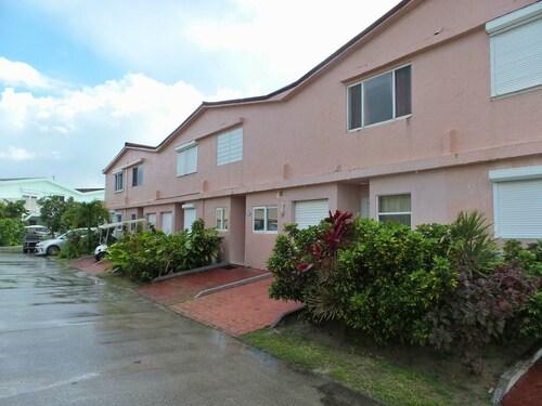 Villa 416E at Jolly Harbour