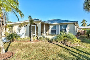 Salerno 3 Bedroom Home by NFVH