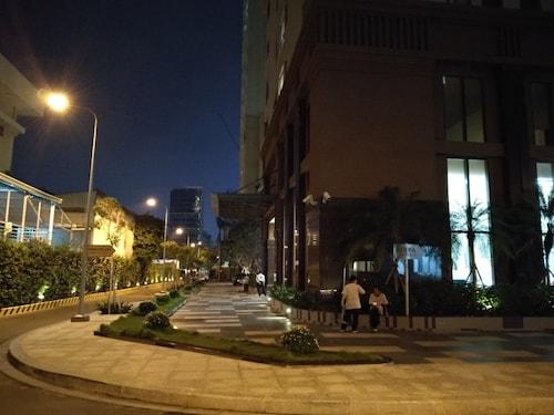 Linh Apartment, Quận 4