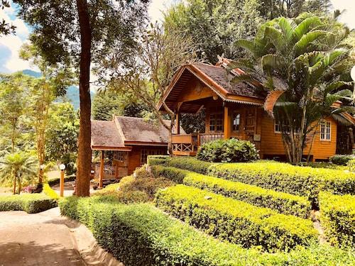 Baanpufa Resort, Sai Yok