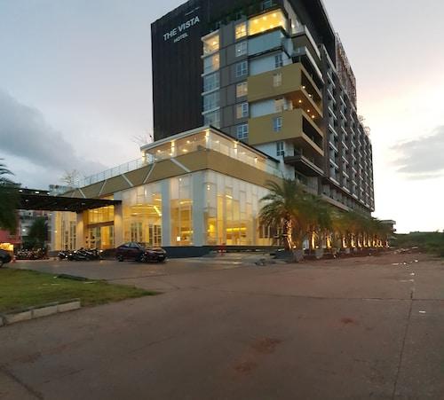 The Vista Hotel, Sadao