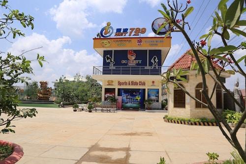 Lucky Ruby Border Casino, Kampong Rou