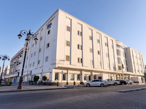 . Capital O 458 Mena Hotel Tabuk