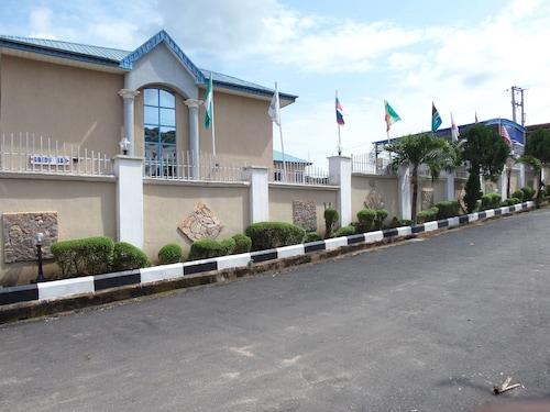 Micron International Suites, Abeokuta South
