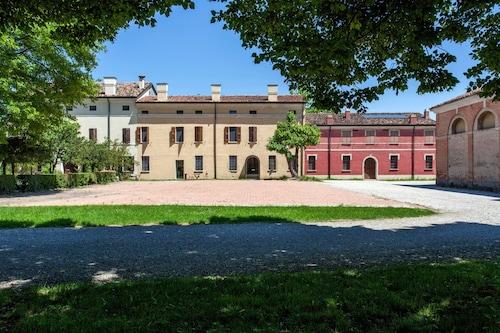 Corte Mainolda, Mantua