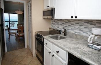 In-Room Kitchen at Ocean Dunes by Elliott Beach Rentals in Myrtle Beach