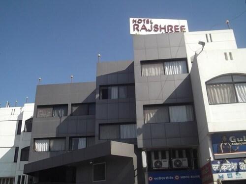 Hotel Rajshree Lodging, Nashik