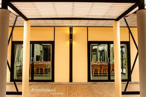 Aroonsawad Riverview Resort, Muang Prachin Buri