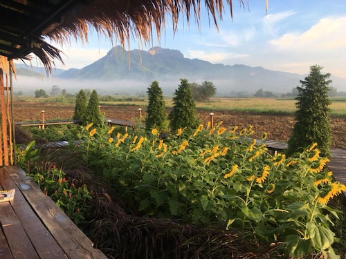 Le Kuna Farm Stay, Lom Sak