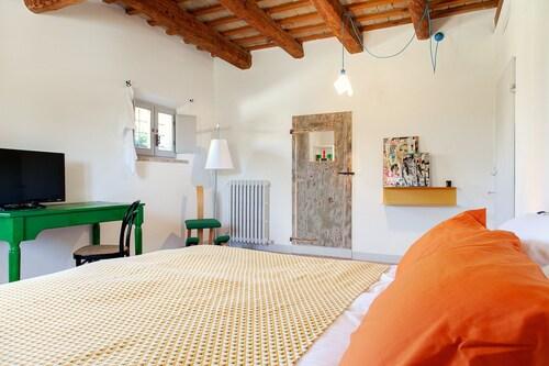 Maison022, Ancona